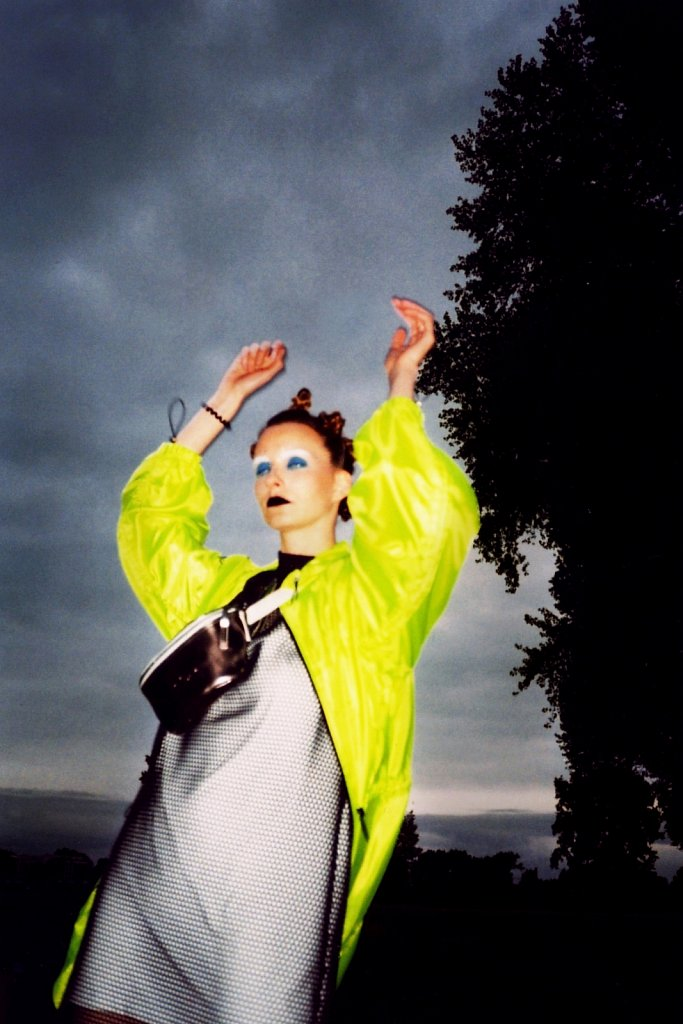 Rave1997-2.jpg